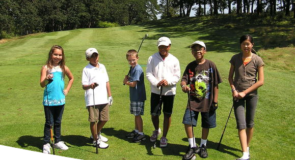 Man Teaches Golf To Kids Who Will Never Be Able To Afford It